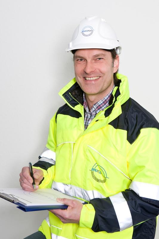 Bausachverständiger und Baugutachter für Krefeld und Umgebung - Frank Tekook